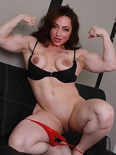 Muscle Mature Pics